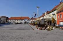 Glavni trg 2